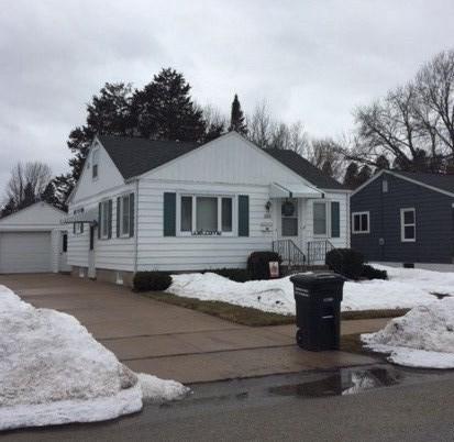 1637 Western Street, Oshkosh, WI 54901 (#50199142) :: Todd Wiese Homeselling System, Inc.
