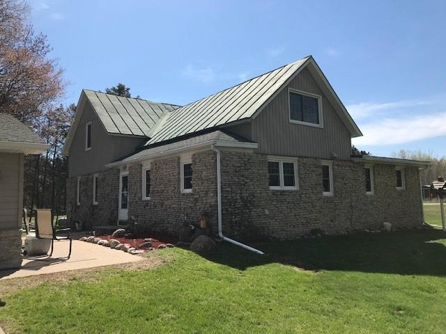5420 Bramschreiber Road, Little Suamico, WI 54141 (#50200914) :: Dallaire Realty