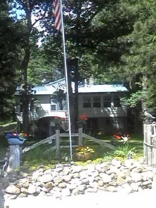 W7137 Dakota Avenue, Westfield, WI 53964 (#50201070) :: Dallaire Realty