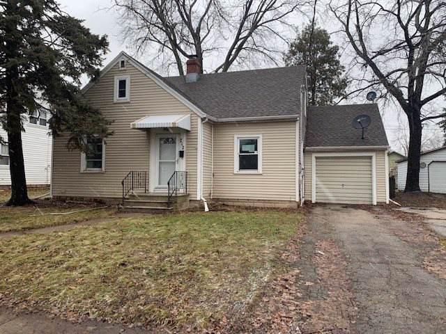 712 1ST Street, Menasha, WI 54952 (#50215841) :: Todd Wiese Homeselling System, Inc.