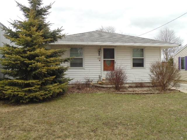 254 Division Street, Algoma, WI 54201 (#50219159) :: Todd Wiese Homeselling System, Inc.