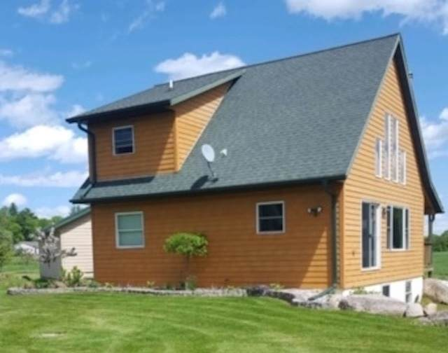 N8627 Anderson Road, Iola, WI 54945 (#50219171) :: Todd Wiese Homeselling System, Inc.