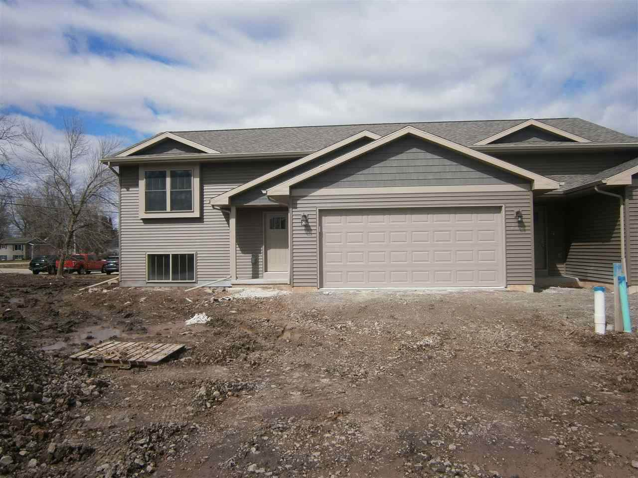 735 Ontario Court - Photo 1