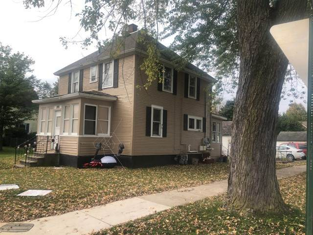 301 Hamlin Street - Photo 1