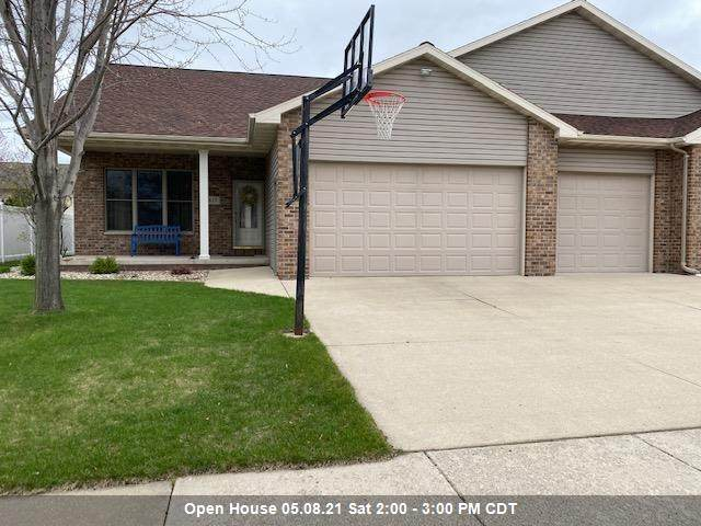 817 Doerfler Drive, Kimberly, WI 54136 (#50239697) :: Carolyn Stark Real Estate Team
