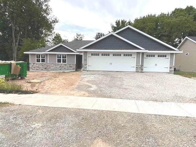 1221 Clementine Road, Green Bay, WI 54313 (#50248269) :: Carolyn Stark Real Estate Team