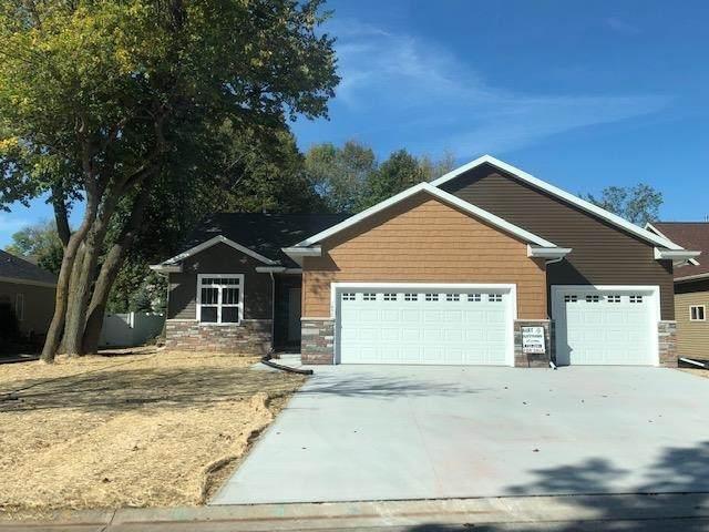 1850 Forest Glen Road, Neenah, WI 54956 (#50248515) :: Carolyn Stark Real Estate Team