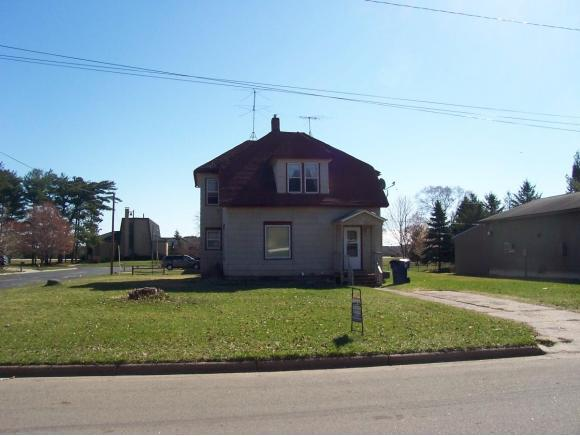 710 NE 5TH Street, Marion, WI 54950 (#50113301) :: Dallaire Realty