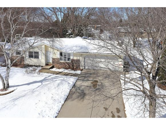 2446 Downy St, Green Bay, WI 54303 (#50158748) :: Dallaire Realty