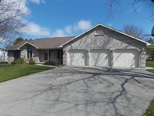 2825 Char La Mar Drive, Green Bay, WI 54311 (#50218432) :: Todd Wiese Homeselling System, Inc.