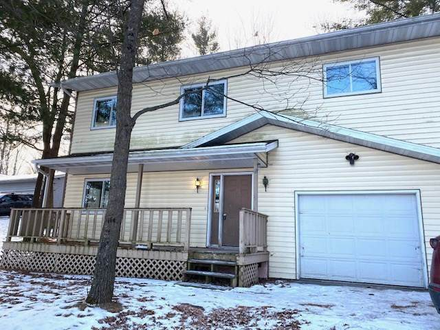 633 North Street, Waupaca, WI 54981 (#50234735) :: Town & Country Real Estate