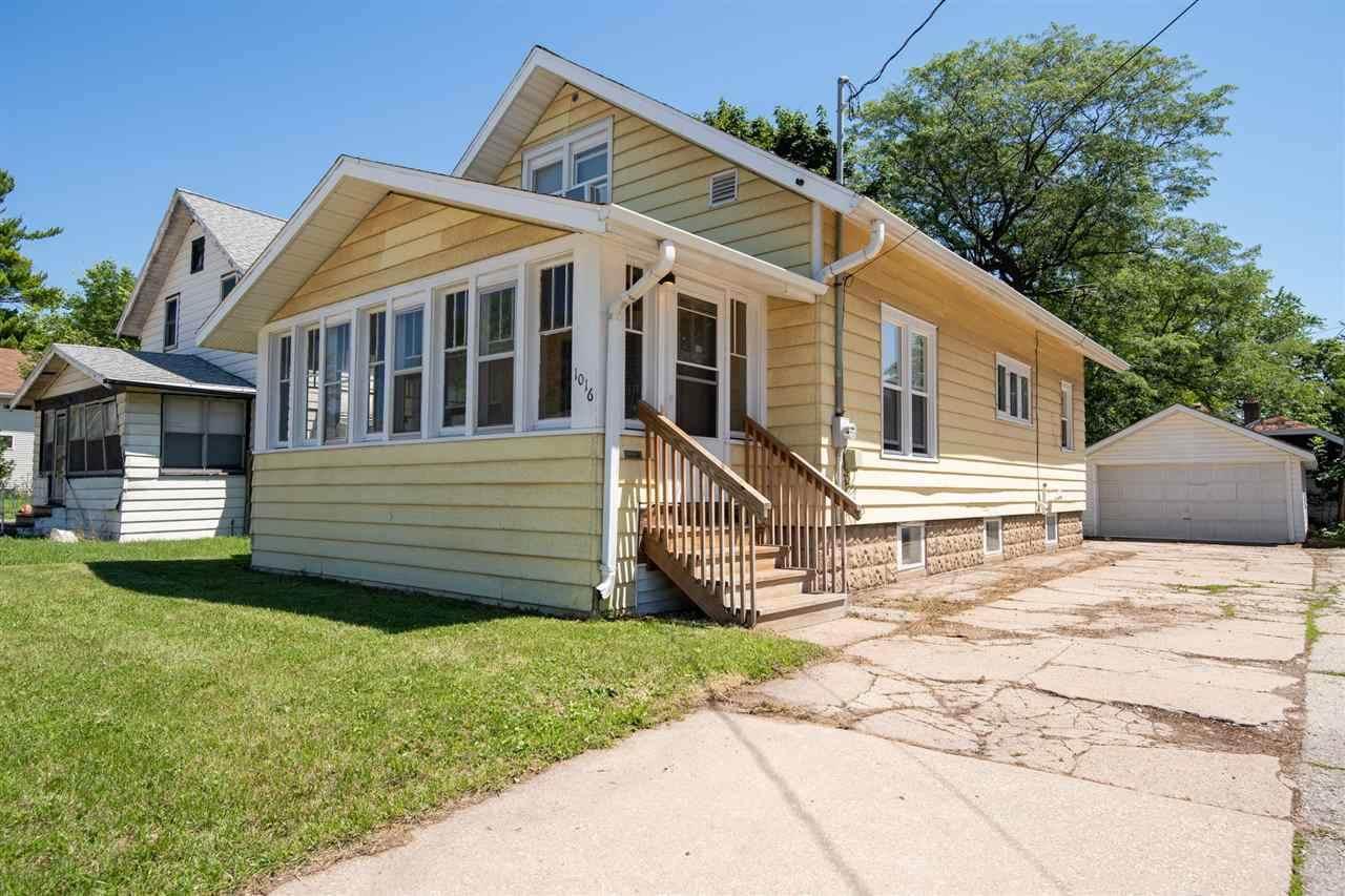 1016 Richmond Street - Photo 1