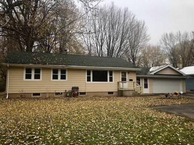 1508 Plank Road, Menasha, WI 54952 (#50213548) :: Todd Wiese Homeselling System, Inc.
