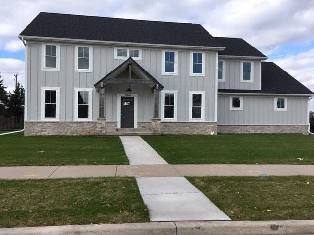 3101 S Solitude Lane, Appleton, WI 54915 (#50189048) :: Todd Wiese Homeselling System, Inc.