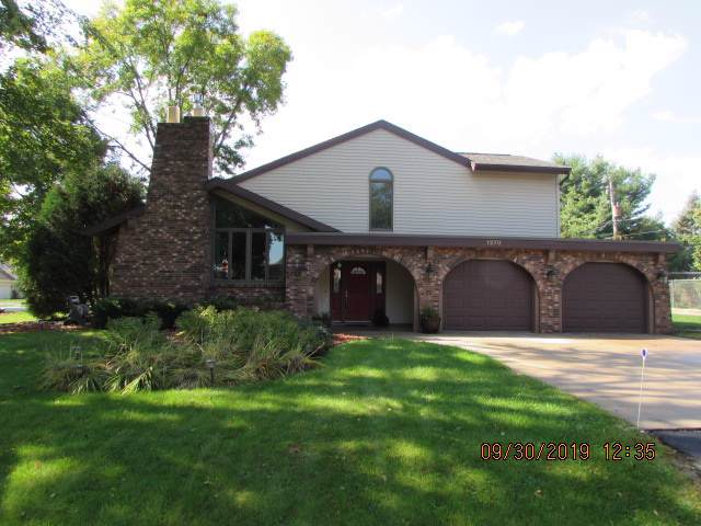 1270 Frances Way, Menasha, WI 54952 (#50211855) :: Todd Wiese Homeselling System, Inc.