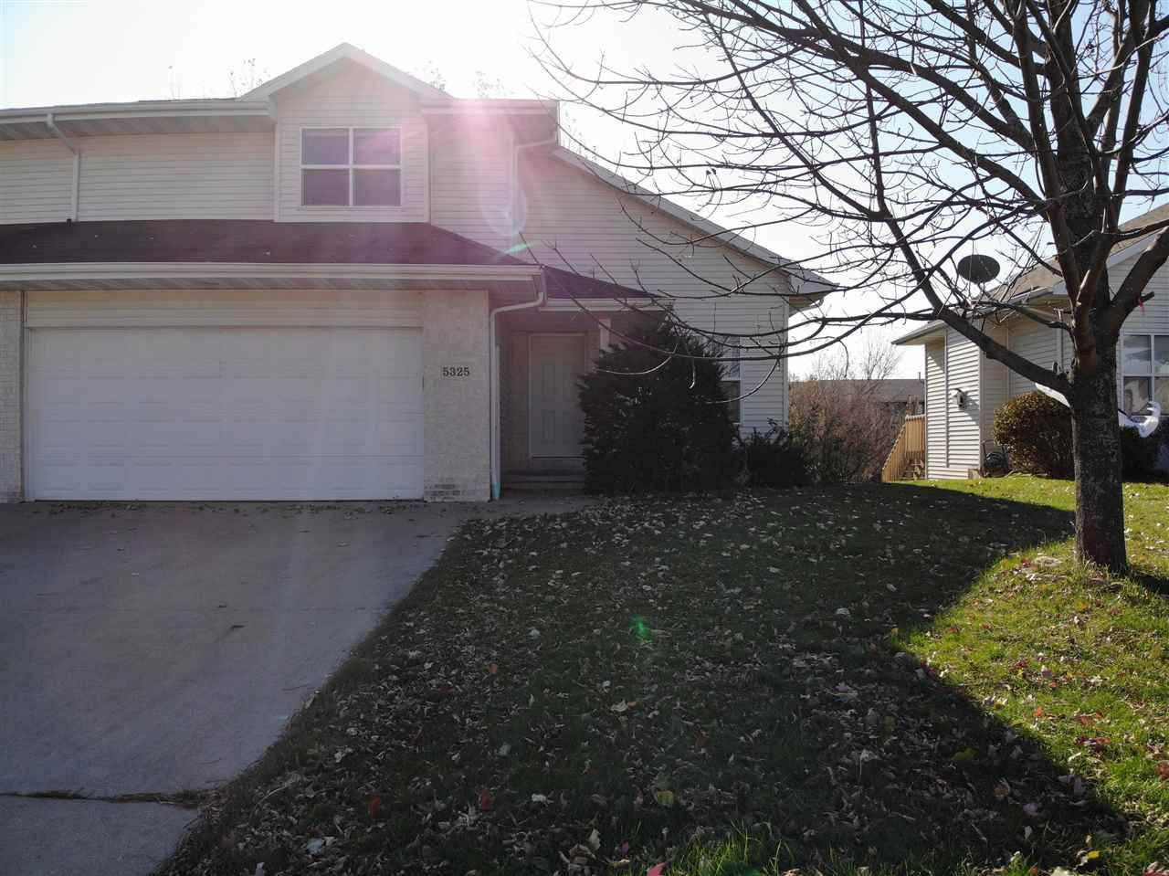 5325 Brookview Drive - Photo 1