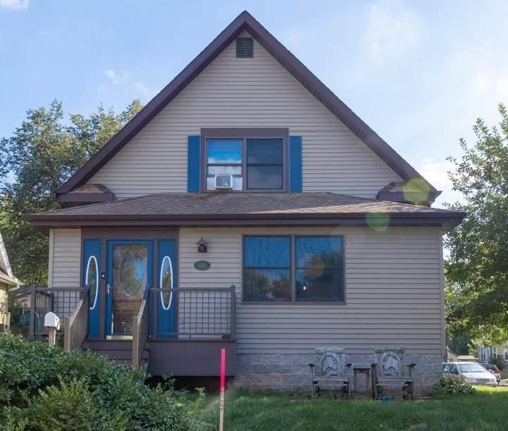 1327 Ceape Avenue - Photo 1