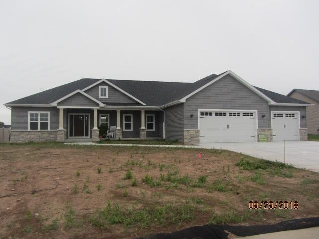 N1072 Glennview Drive, Greenville, WI 54942 (#50192399) :: Dallaire Realty