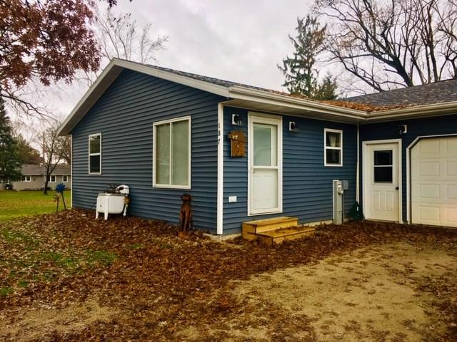 187 Greenwood Street, Berlin, WI 54923 (#50194252) :: Dallaire Realty