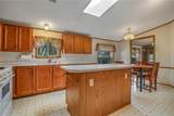 2313 Rolling Green Road - Photo 10