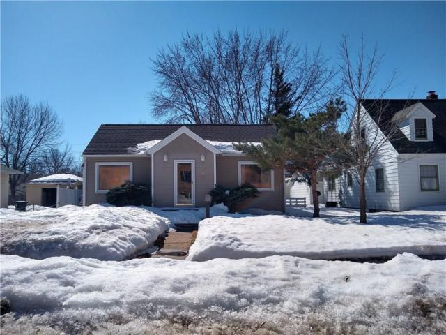 1809 Highland Avenue, Eau Claire, WI 54701 (MLS #1528405) :: The Hergenrother Realty Group