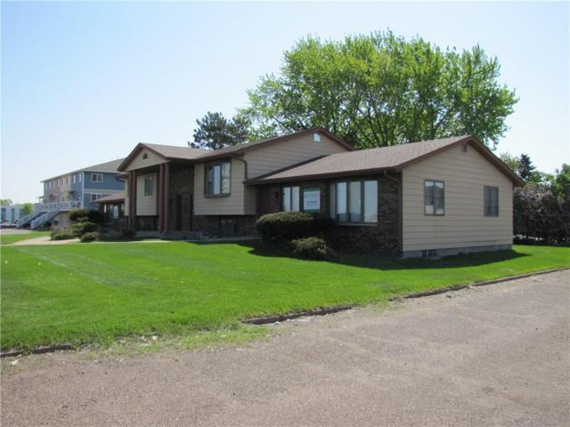 1109 W Macarthur Avenue, Eau Claire, WI 54701 (MLS #1533785) :: The Hergenrother Realty Group