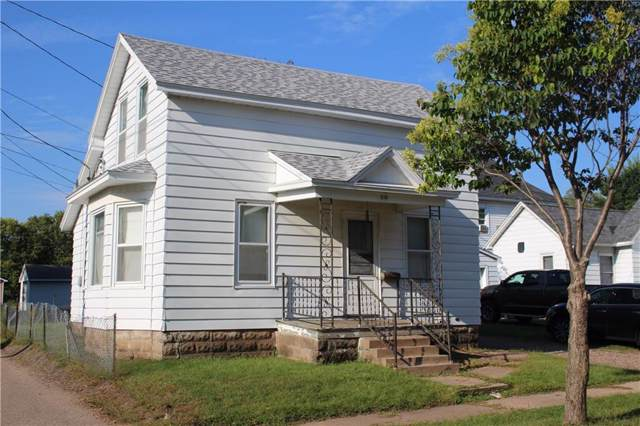 210 Elm Street, Eau Claire, WI 54703 (MLS #1536022) :: The Hergenrother Realty Group
