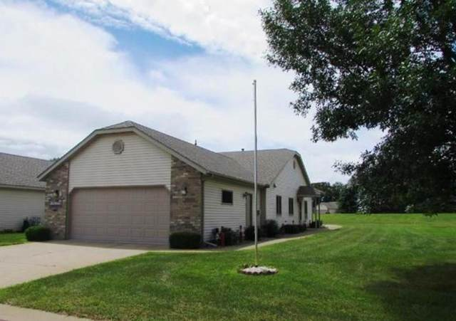 745 Mulligan Drive B, Osceola, WI 54020 (MLS #1544430) :: RE/MAX Affiliates