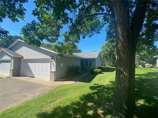 826 Oak Court, Osceola, WI 54020 (MLS #1545897) :: RE/MAX Affiliates