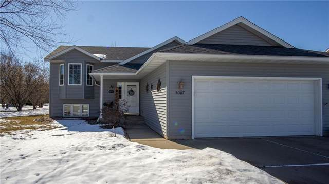 3007 W Frank Street, Eau Claire, WI 54703 (MLS #1550968) :: The Hergenrother Realty Group