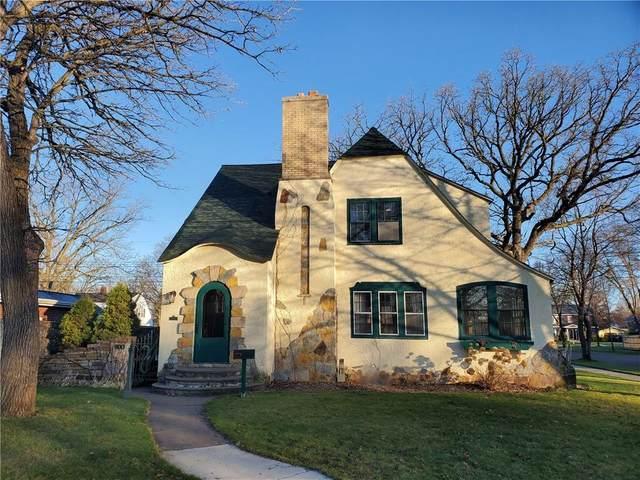 800 Dover Street, Chippewa Falls, WI 54729 (MLS #1552385) :: RE/MAX Affiliates