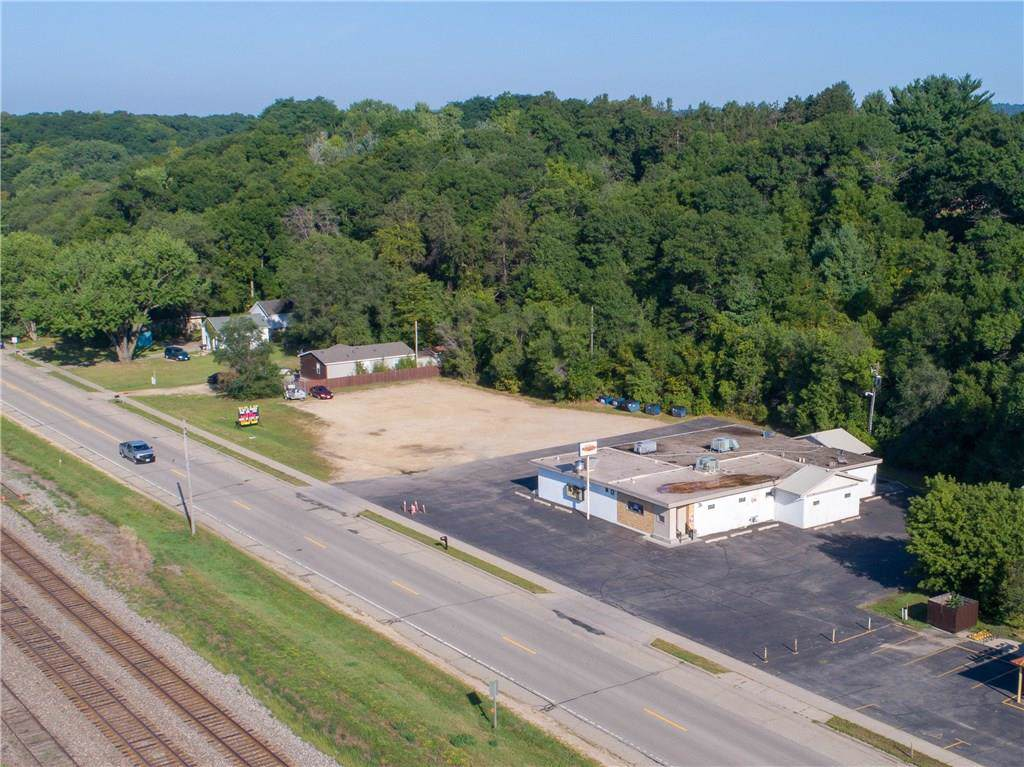 W6454 State Highway 35 - Photo 1