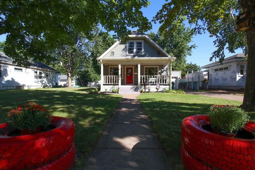 1434 Lyndale Avenue - Photo 1