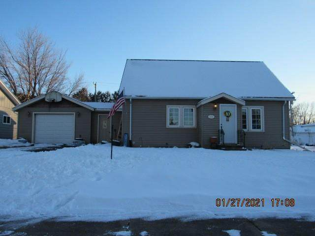 208 E Lawrence Street, Thorp, WI 54771 (MLS #1550177) :: RE/MAX Affiliates
