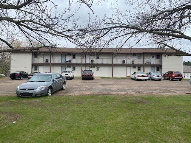 2421 SW Fryklund Drive #10, Menomonie, WI 54751 (MLS #1552633) :: RE/MAX Affiliates