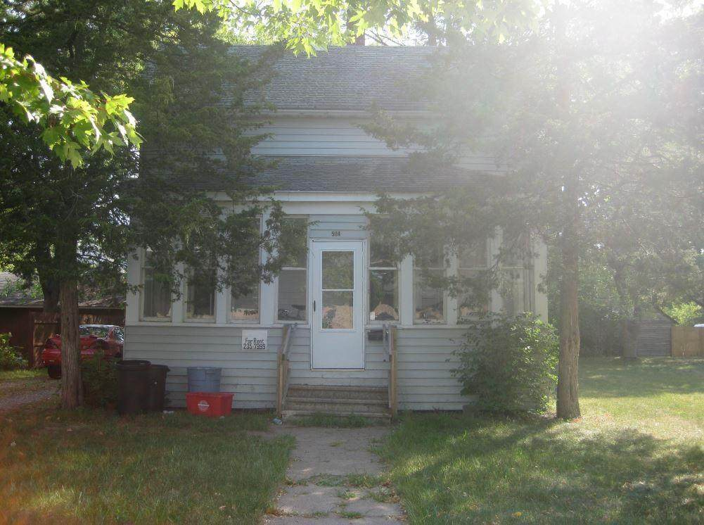 504 10th Street - Photo 1