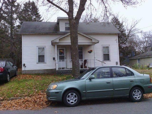 1606 10th Street - Photo 1