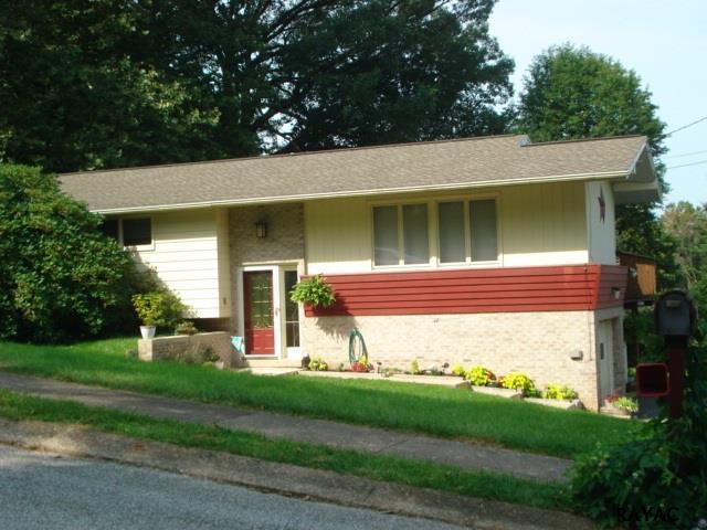 510 Maywood Road, York, PA 17402 (MLS #21709991) :: CENTURY 21 Core Partners