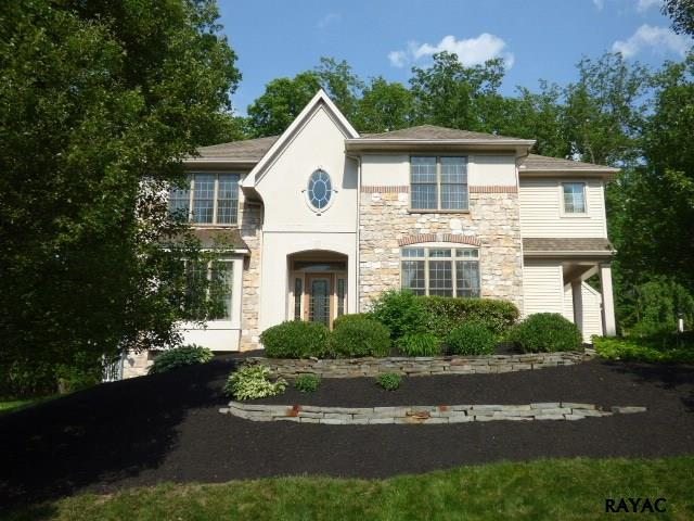 215 Fawn Loop, Red Lion, PA 17356 (MLS #21710898) :: CENTURY 21 Core Partners