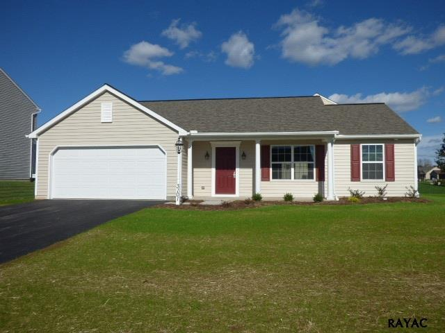 3101 Kiersten Drive, Dover, PA 17315 (MLS #21711799) :: CENTURY 21 Core Partners