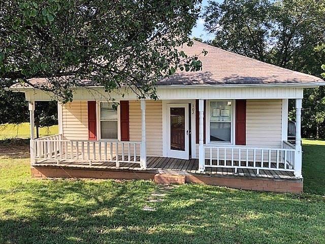 102 W Main Street, Lattimore, NC 28089 (#47149) :: Robert Greene Real Estate, Inc.