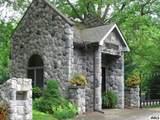 Sanctuary Dr - Photo 2