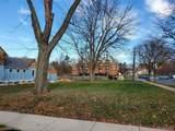 404 Park St - Photo 4