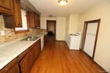 21935 Linwood Ave - Photo 3