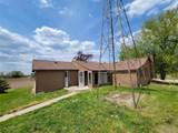 4625 Noble Rd - Photo 3