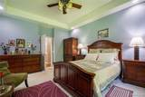 10926 Fossil Hill Dr - Photo 18