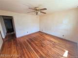 24584 Brittany Ave - Photo 7