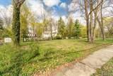 1563 Lakeside Rd - Photo 2