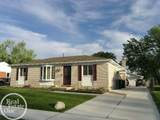 18535 Blakely Dr - Photo 34