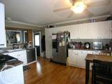 18535 Blakely Dr - Photo 4
